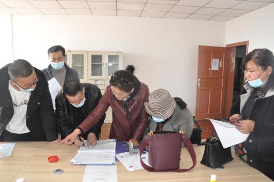 拉萨市人口_西藏常住人口364.81万人拉萨为全区第一人口大城市